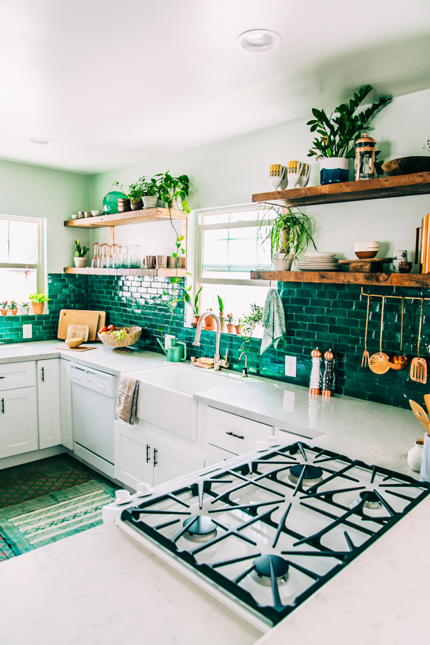 justina-blakeney_jungalow-kitchen-lr-5